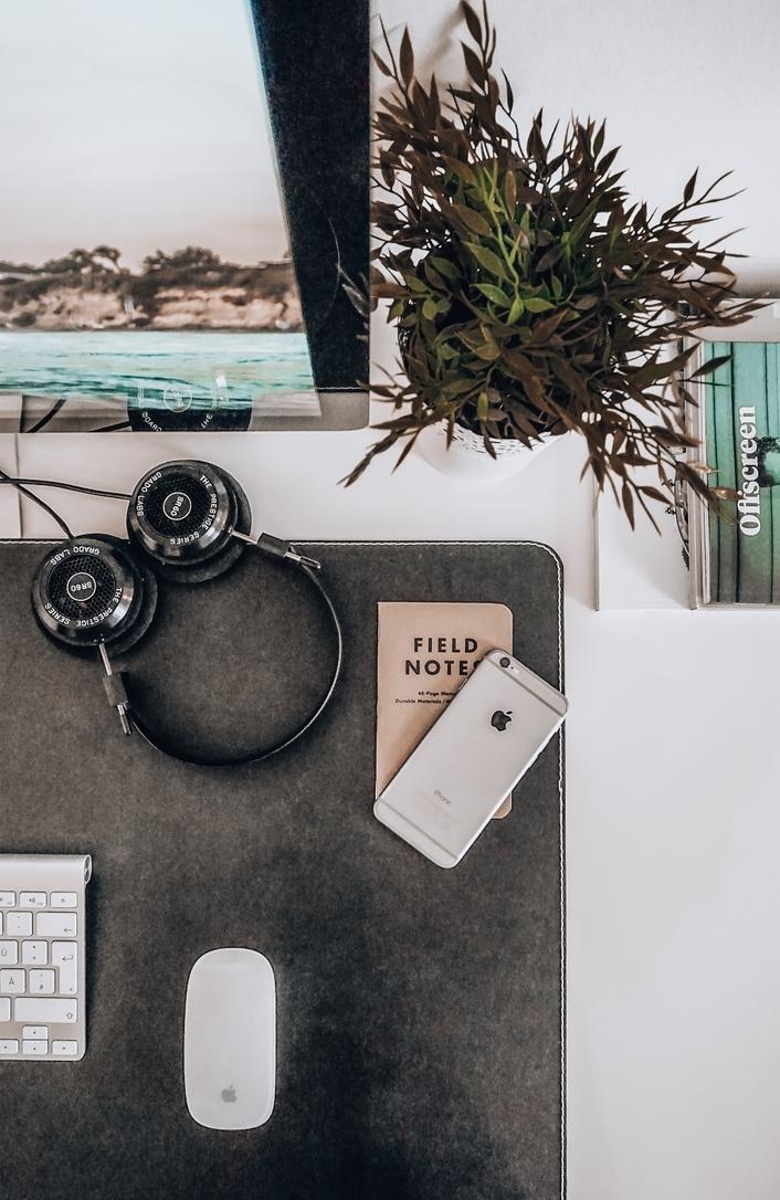 Writing a newsletter - office setup