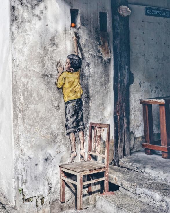 Georgetown Street Art boy with orange