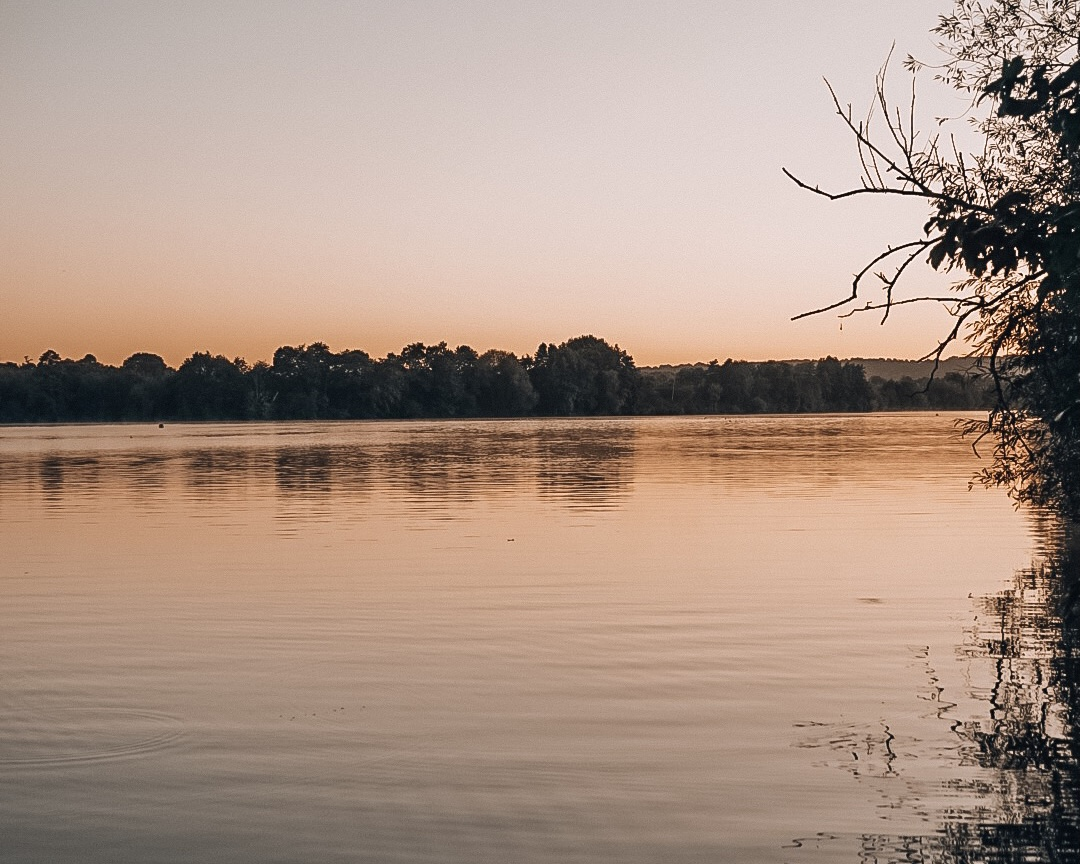 Chipstead Lakes