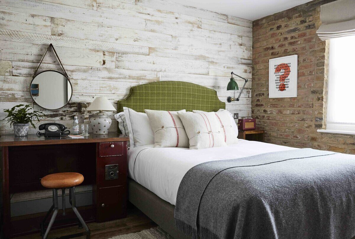 Arist Residence Small Bedroom