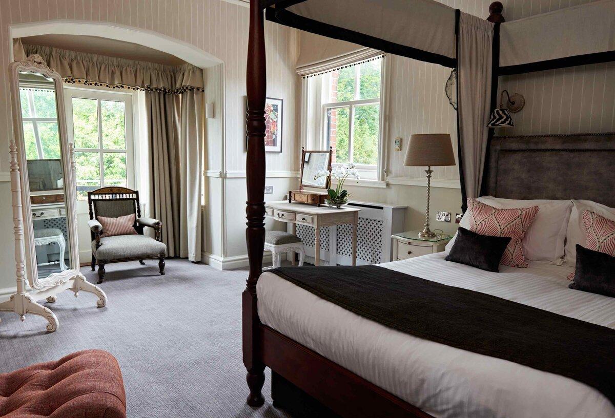 Careys Manor Bedroom