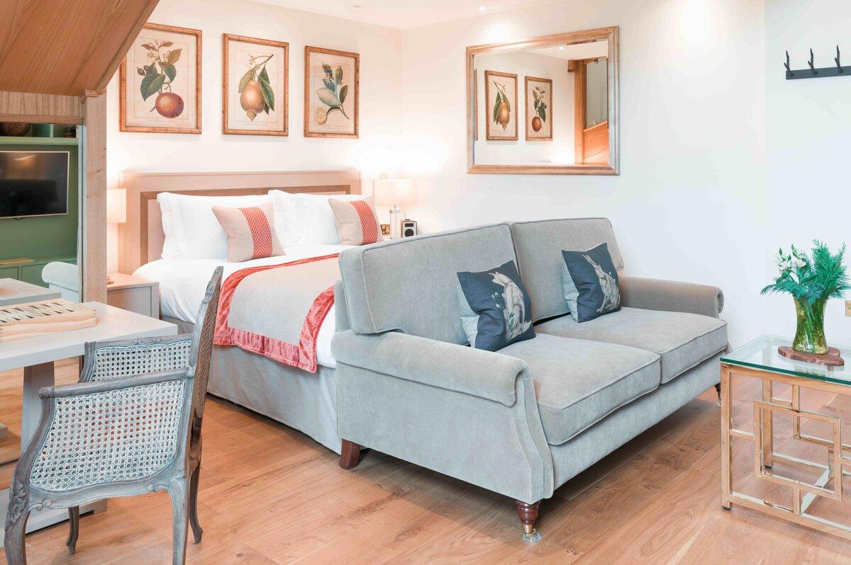 Montagu Arms Bedroom