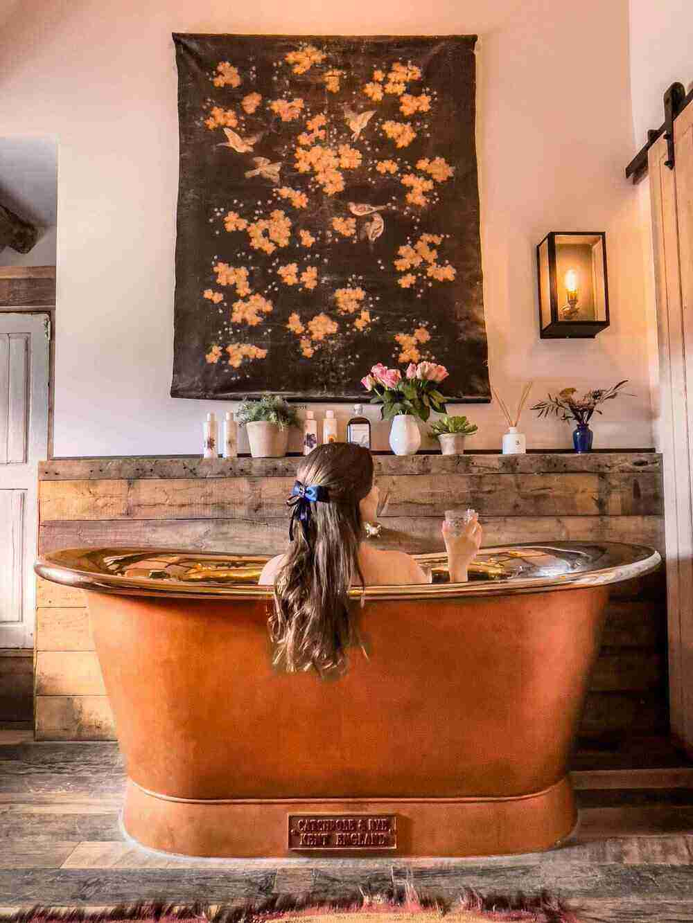 Aritst Residence Oxfordshire Bathtub