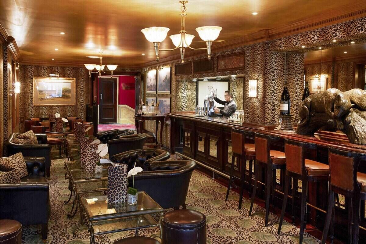 Montague Leopard Bar