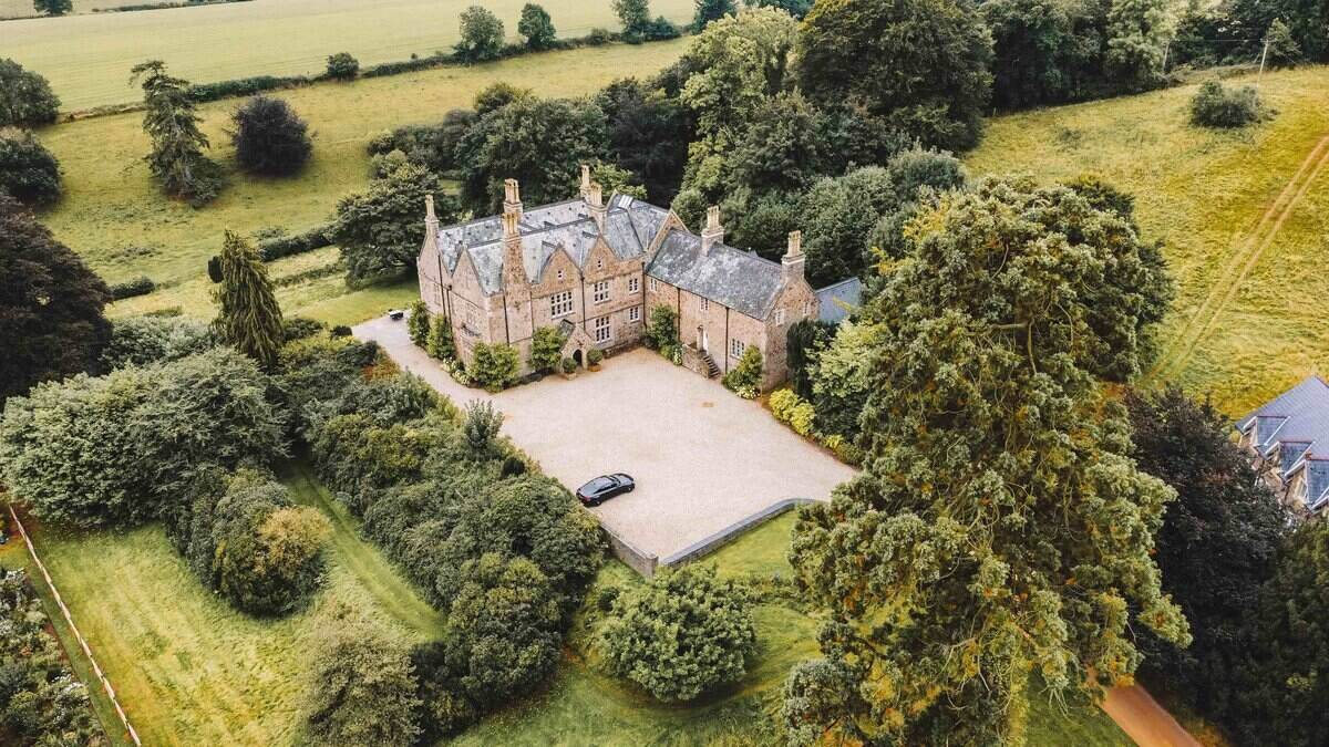 Paschoe House Aerial
