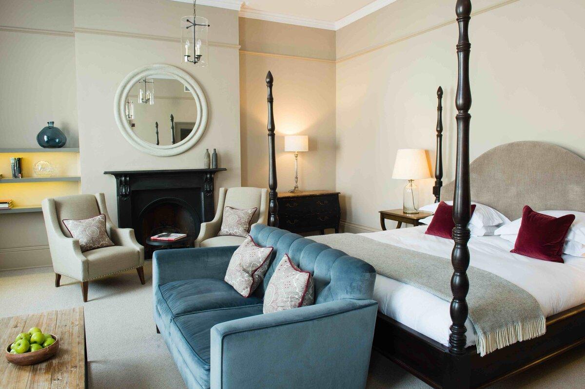 The Kings Head Hotel Bedroom