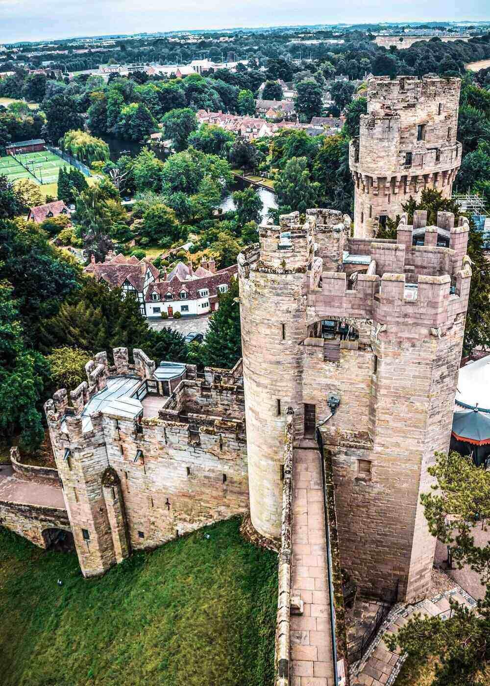 Warwick Castle Cotswolds